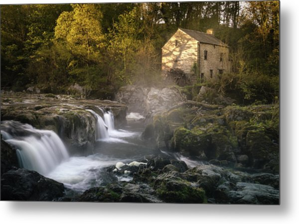 Metal Print featuring the photograph Cenarth Falls At Sunrise by Elliott Coleman