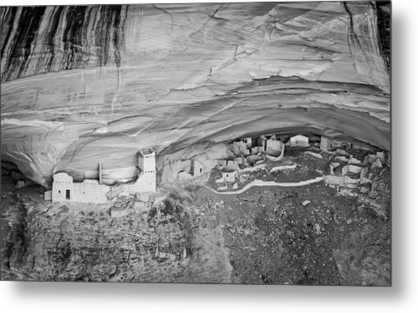 Metal Print featuring the photograph Canyon De Chelly V Bw by David Gordon