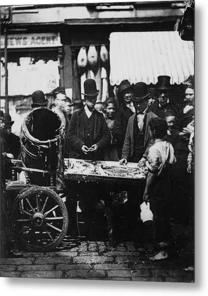 Carneys Fish Stall Metal Print by Hulton Archive
