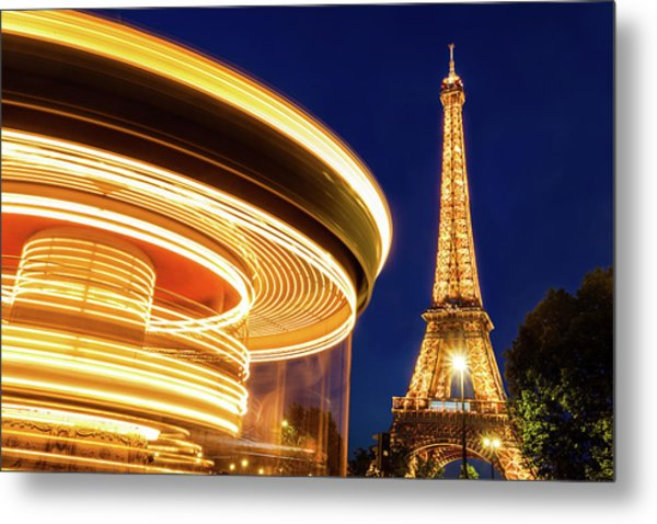 Carousel And The Eiffel Tower Metal Print