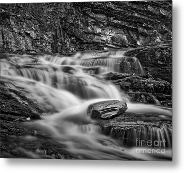 Metal Print featuring the photograph Cascade 2 Bw by Patrick M Lynch