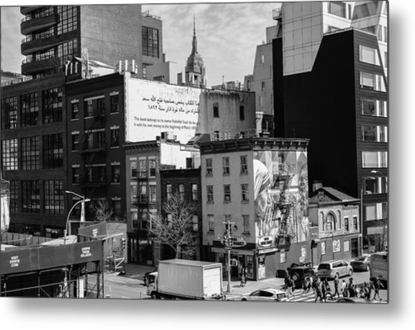 Chelsea Nyc Monotone Metal Print By New York City Street Photography