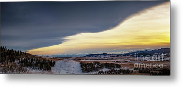 Chinook Arch Metal Print