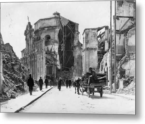 Church Ruins Metal Print by Hulton Archive