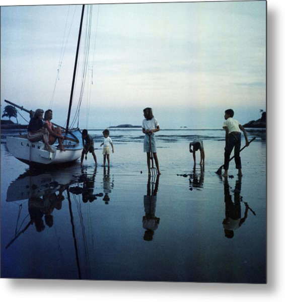 Clam Diggers Metal Print by Slim Aarons