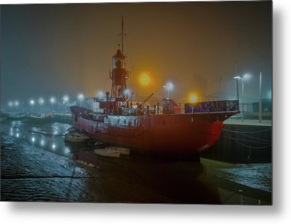 Metal Print featuring the photograph Colne Lightship In The Fog by Gary Eason