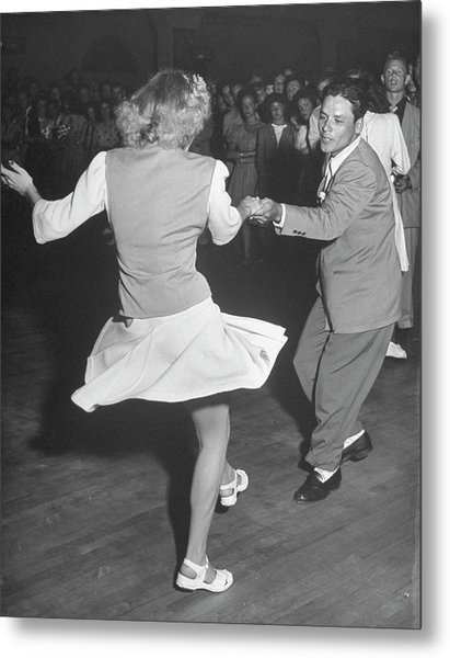Couples Dancing In A Jitterbug Contest Metal Print