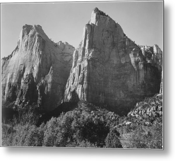 Court Of The Patriarchs Metal Print by Buyenlarge