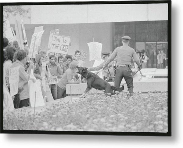 Crowd Protesting President Nixon Metal Print by Bettmann