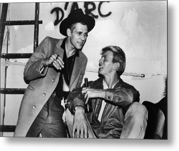 David Bowie Drinks With Paul Simonon Metal Print by Hulton Archive
