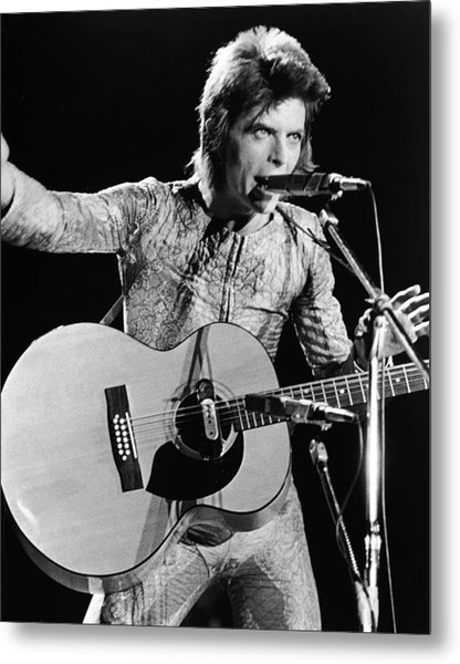 David Bowie Performing As Ziggy Stardust Metal Print