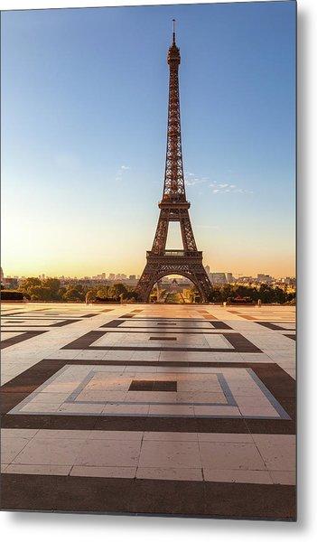 Dawn At Eiffel Metal Print