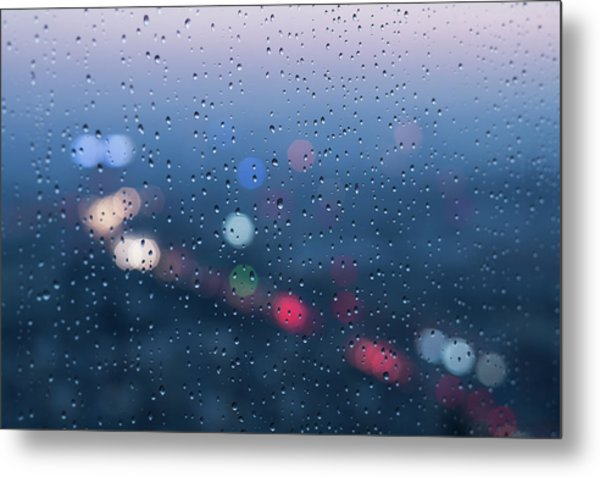 Defocused Lights And Water Droplets On Metal Print by Miragec