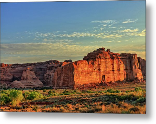 Desert Sunrise In Color Metal Print