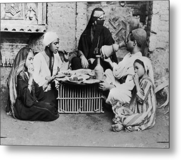 Dinner In Egypt Metal Print by Hulton Archive