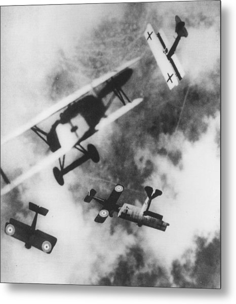 Dogfight Metal Print by Hulton Archive