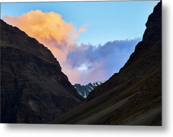 Early Morning Clouds In Sarchu Metal Print