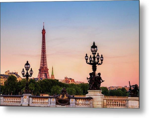 Eiffel At Dawn Metal Print