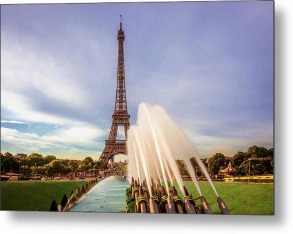 Eiffel At Morning Metal Print