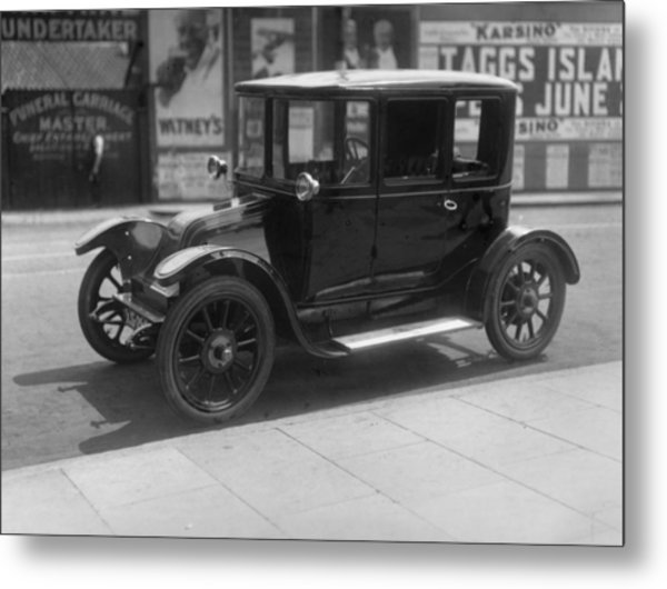 Electric Car Metal Print by Topical Press Agency