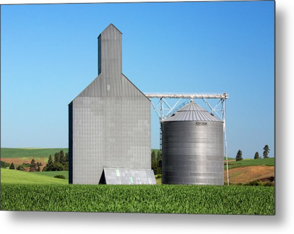 Elevator And Bin Metal Print