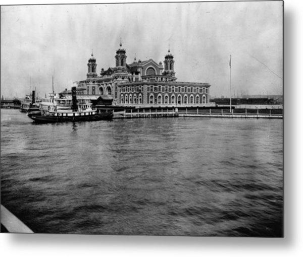 Ellis Island Metal Print by Hulton Archive