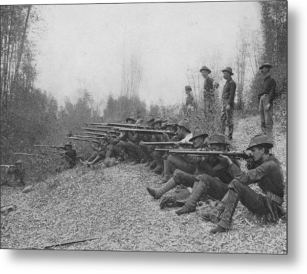 Firing On Insurgents Metal Print by Hulton Archive