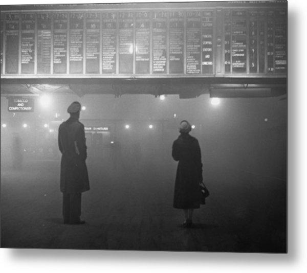 Fog At Liverpool Street Metal Print by Edward Miller