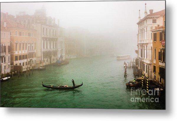 Foggy Morning On The Grand Canale, Venezia, Italy Metal Print