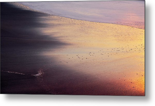 Metal Print featuring the photograph Gleneden Glow by Whitney Goodey