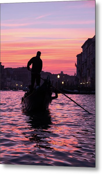 Gondolier At Sunset Metal Print