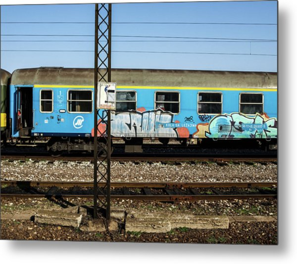 Metal Print featuring the photograph Graffitied Train by Edward Lee