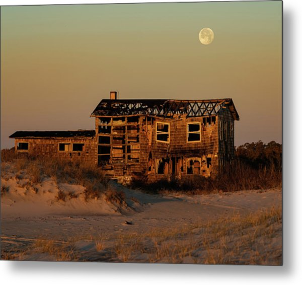 Metal Print featuring the photograph Clements House With Full Moon Behind by William Dickman