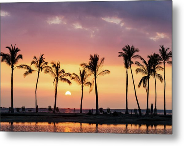 Metal Print featuring the photograph Hawaiian Sunset by Nicole Young
