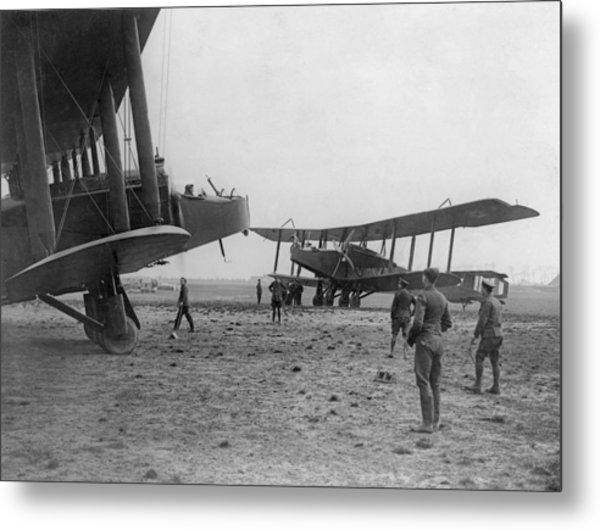Heavy Bombers Metal Print by Hulton Archive