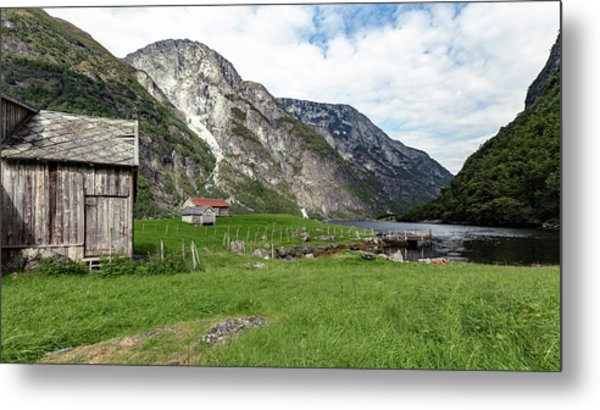 Metal Print featuring the photograph Holmaviki, Norway by Andreas Levi
