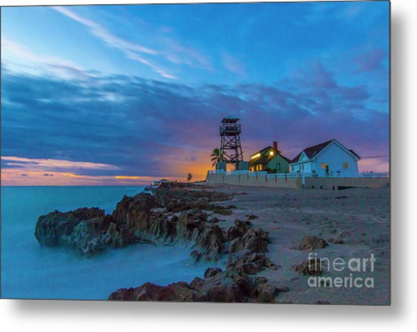 Metal Print featuring the photograph House Of Refuge Morning by Tom Claud