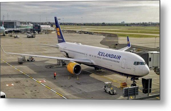 Icelandair Boeing 767-319 At London Heathrow Airport Metal Print