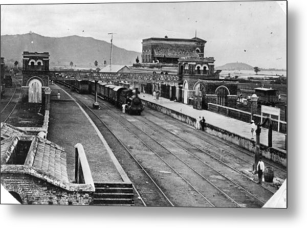Indian Station Metal Print by Hulton Archive