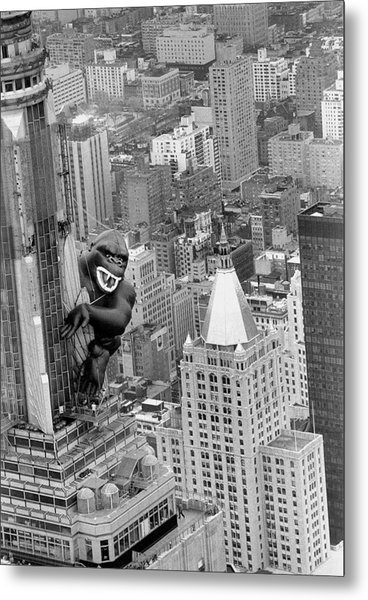 Inflatable King Kong On The Empire Metal Print