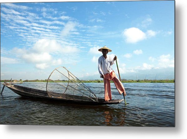 Intha Fisherman, Inle Lake, Nyaungshwe Metal Print