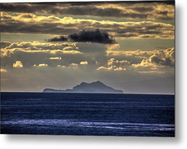 Island Cloud Metal Print