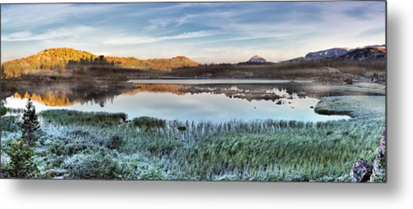 Island Lake Sunrise Metal Print by Leland D Howard