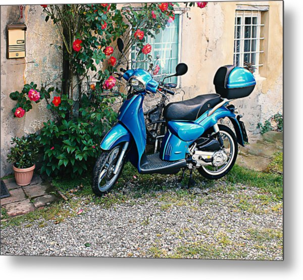 Italian Scooter  Metal Print by Christine Buckley