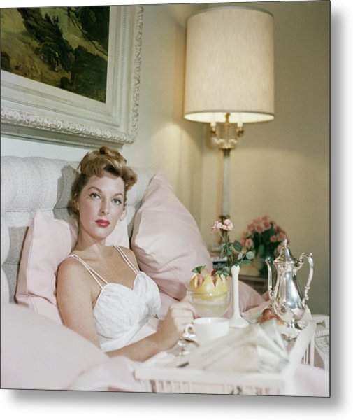 Julie London Metal Print by Slim Aarons