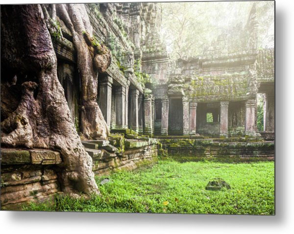 Metal Print featuring the photograph Jungle Temple 1 by Nicole Young