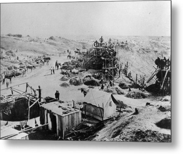 Kimberley Mine Metal Print by Hulton Archive