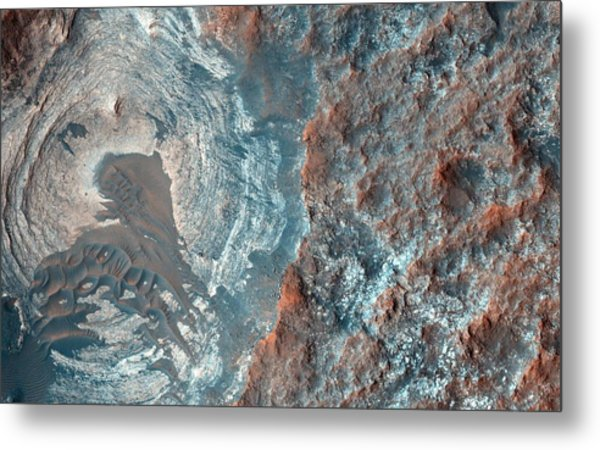 Layers And Dark Dunes On The Surface Of Mars Metal Print