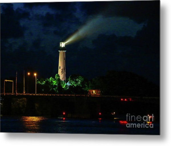 Metal Print featuring the photograph Lighthouse Lightbeam by Tom Claud