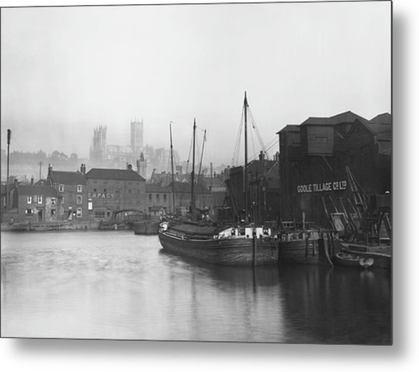 Lincoln Docks Metal Print by Hulton Archive